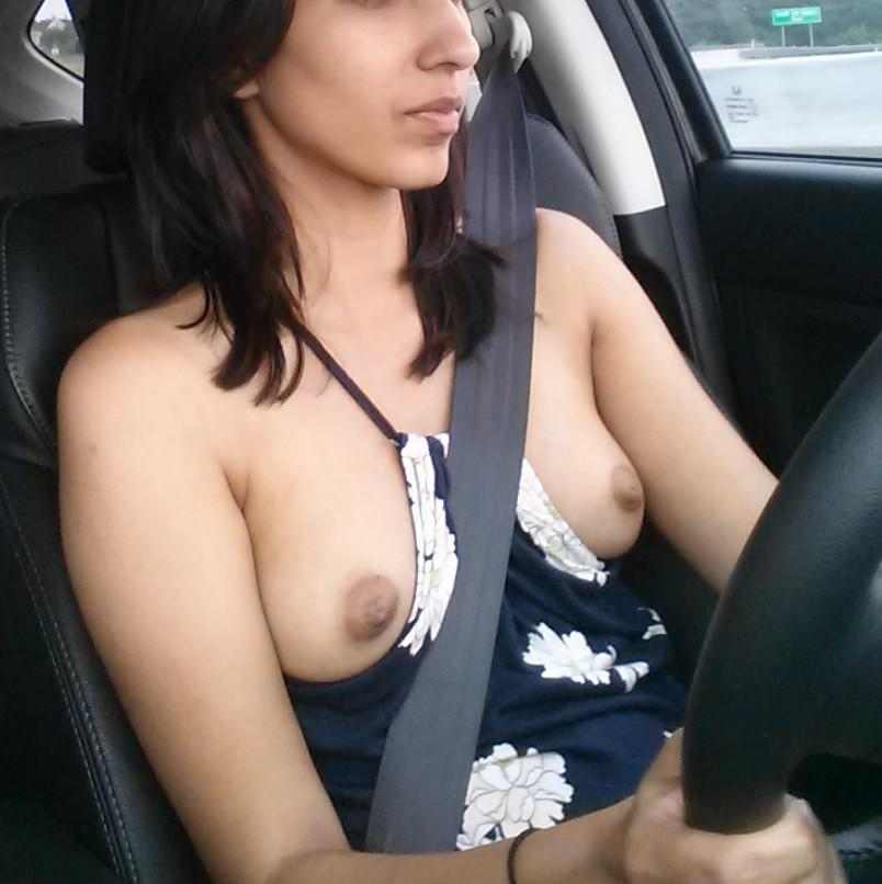 drive car Girl naked