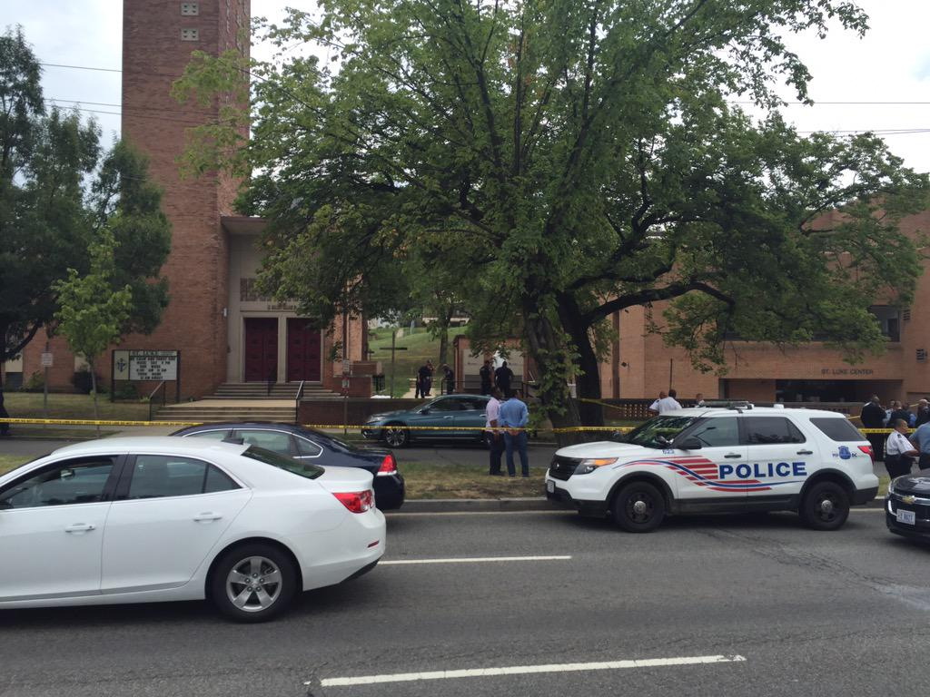 Another murder on streets of DC. Witnesses say man shot on steps of St Luke Church on East Capitol. http://t.co/i77dKtG2NE