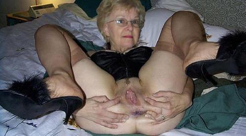 No strings granny