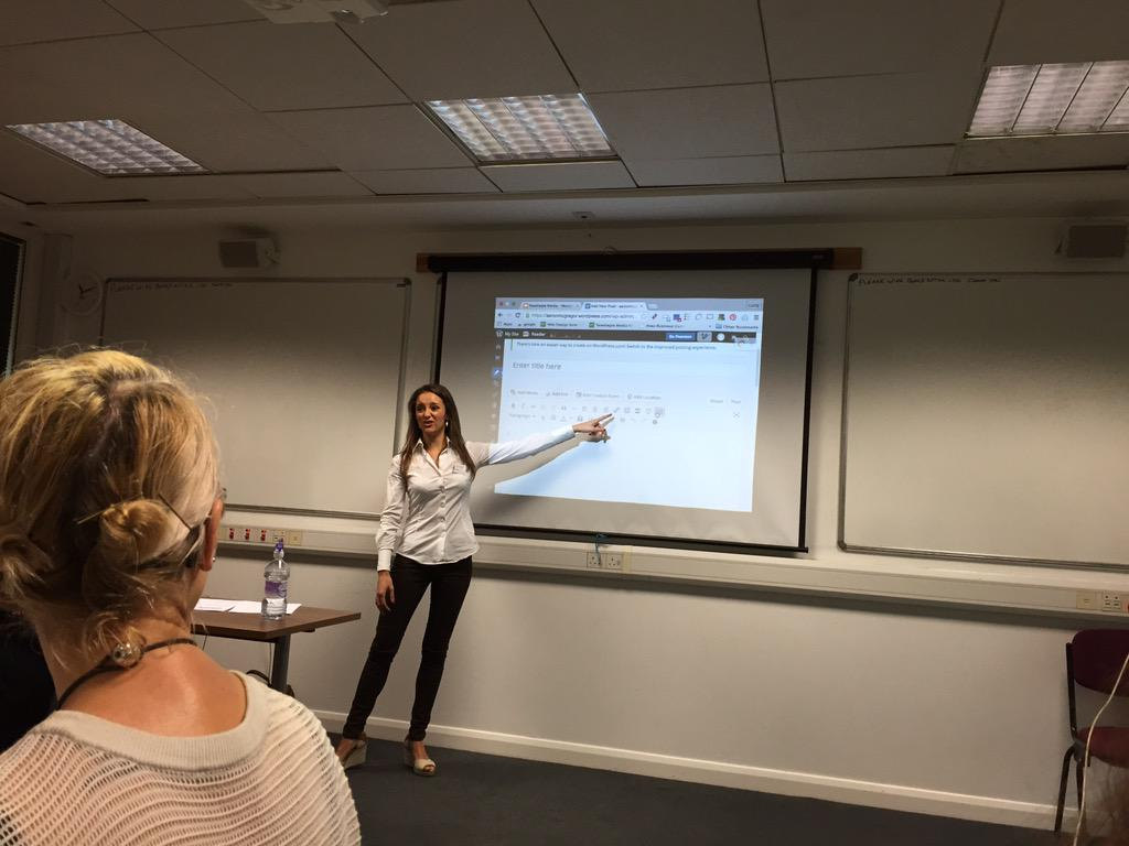 Lots of excellent practical tips on creating your first post on Wordpress #rbah15 http://t.co/GdbBxXELpQ