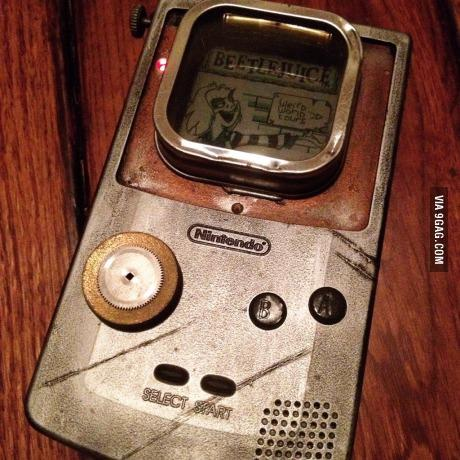 #Steampunk Awesome of the Day: #Gameboy by @EliseSiegwald was great; now another one!  via @HyenoShow #SamaCuriosities