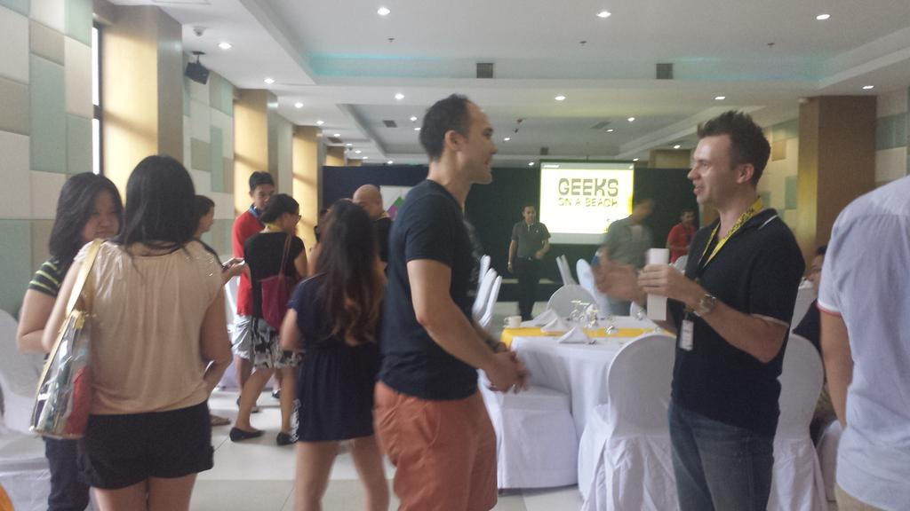 We are getting packed. Private Investors Dinner is about to start. #GOAB #Pre-event http://t.co/BkHbEnYJ7R