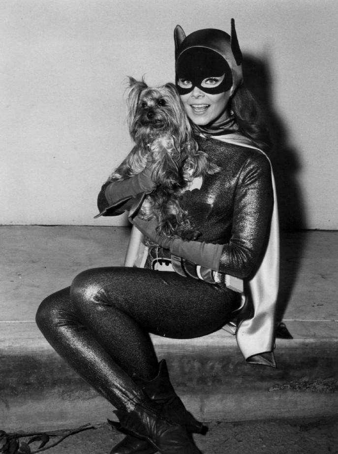 Bat Girl actress, Yvonne Craig, dies at 78. #girlpower #legacy http://t.co/qKxZlwZMLv