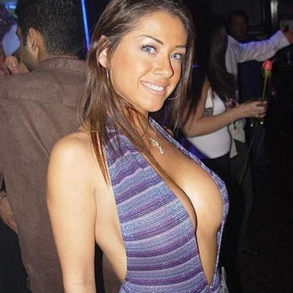 Sexy women bikini tits