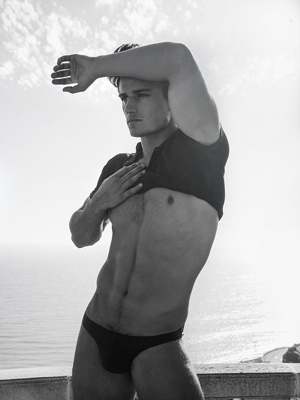 Bryant @Bryantwood_1 #blackandwhite #malibu #photography #scotthoover http://t.co/auqhi4jDD0