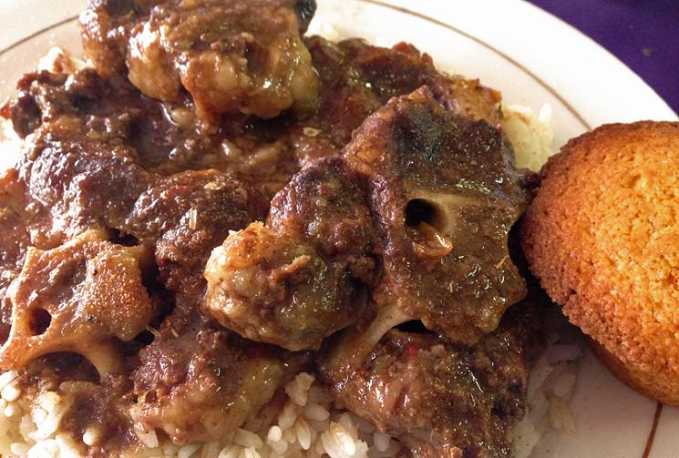100 Favorite Houston Dish, No. 62: Oxtail at Le' Pam's House Of Creole  http://t.co/ts7YVZOKcx http://t.co/mz2iRebOwE