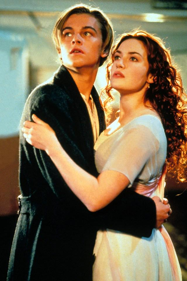 The original ending to #Titanic was weird: http://t.co/zI9lbsP8mt http://t.co/4tTRzfPE6V