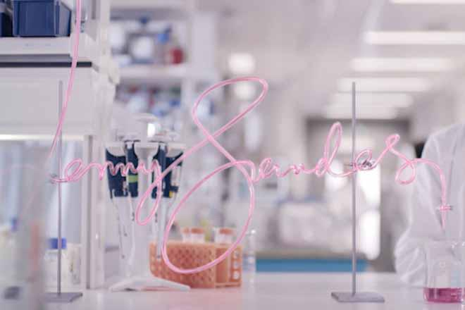 Cancer Research encourages people to leave donation in will http://t.co/vUFKCAYj01 @CR_UK @Campaignmag @gurjitdegun http://t.co/n1lzb2n3H5