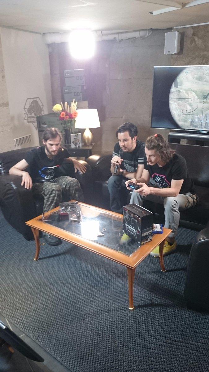 [Live] François et Florent en live au Metal Gear Store CN0RgrYWUAE5BAV