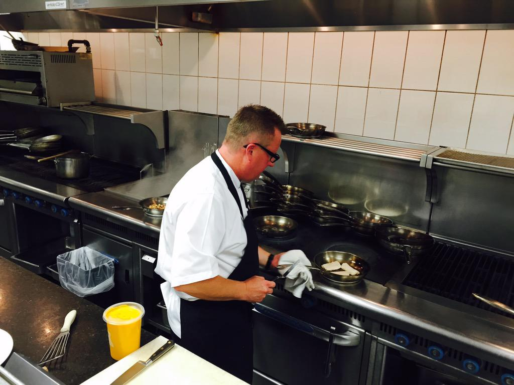 We are excited to welcome our new Executive Chef, Jan Hansen! http://t.co/FZcGsi1paG