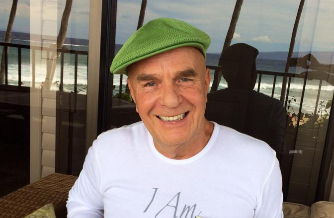 Retweet - A Moving Tribute To #DrWayneDyer from Hay House authors - http://t.co/jnRbys5kq3 http://t.co/A0foZ7mwer