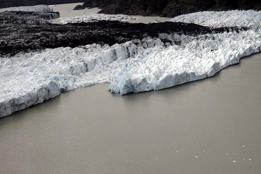 RT @mashable: 14 photos that show how drastically global warming is changing Alaska http://t.co/fe5N0t7JVP http://t.co/q85BqHTIEz