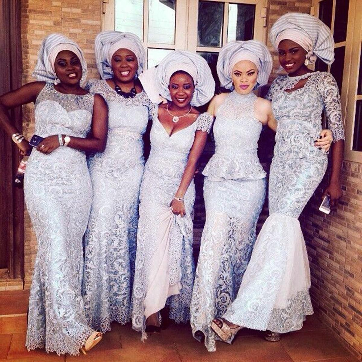 Black History Heroes On Twitter How Ladies At Nigerian Aso Ebi