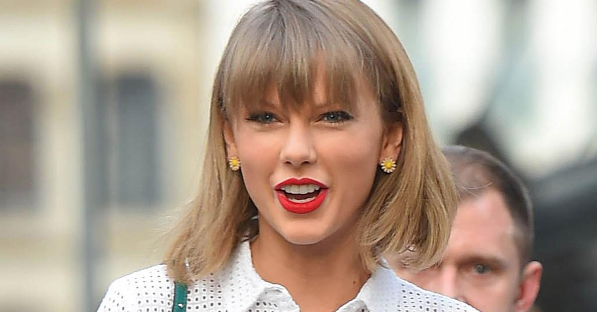 Taylor Swift's Pumpkin Spice Cookies Will Actually Make You Happy That Summer's Almost Over: http://t.co/i7SqEUjZbG http://t.co/PCG1nWmTOs