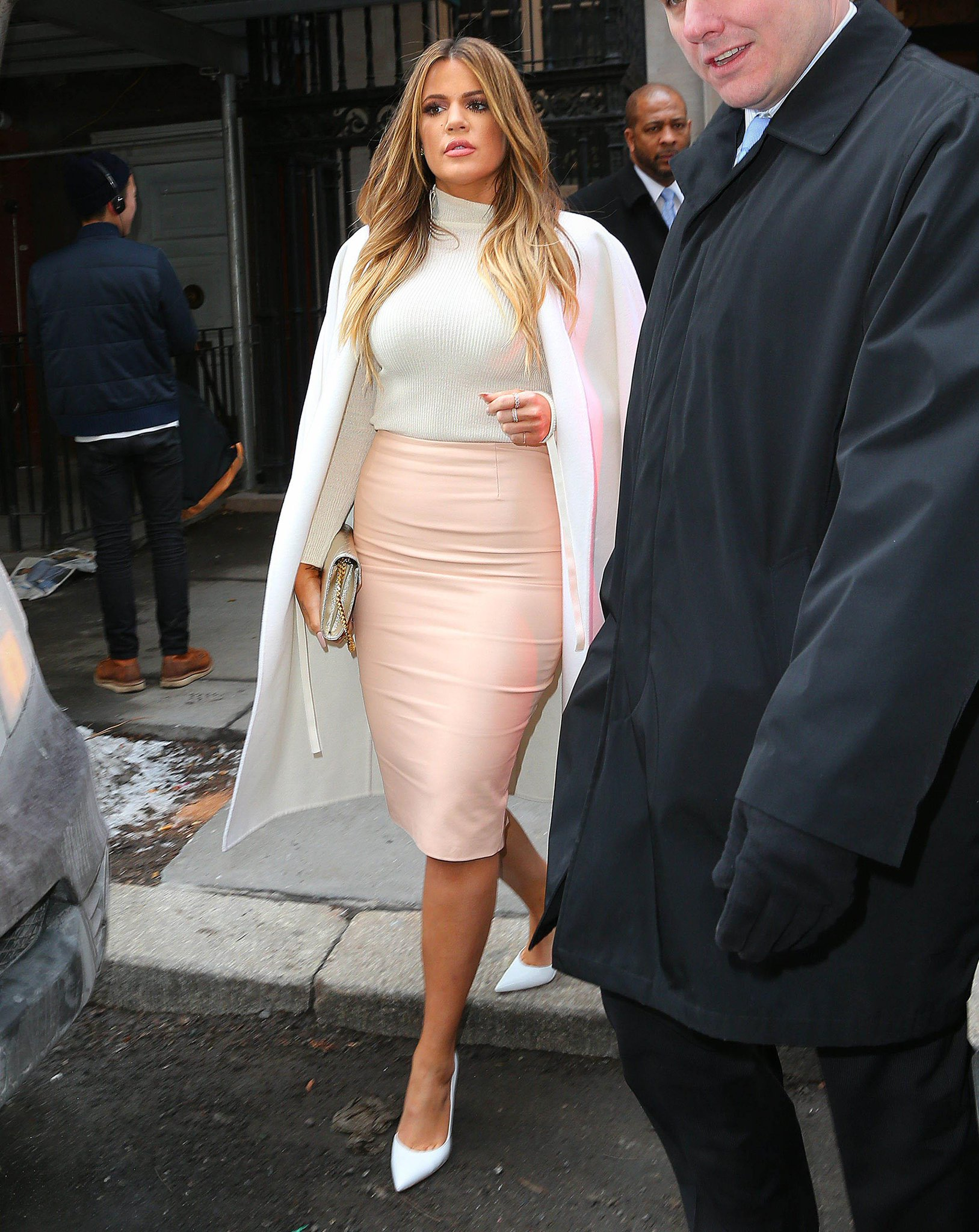 Plus-size celebrities with stunning wardrobes: http://t.co/psOduROzpR http://t.co/2Corfmv8ea