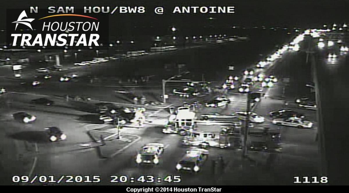 Antoine Beltway : fatal car accident shut intersection