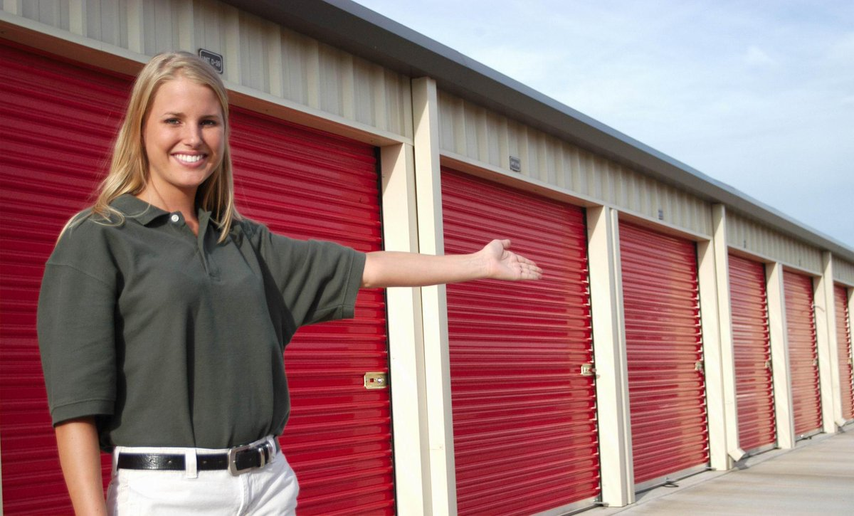 Great Tips for Making Your Storage Unit Feel Just Like Home! CN3T0C7U8AA1yVe