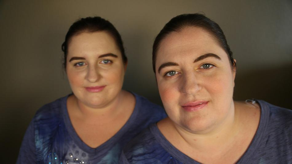 Get ready to have your mind blown: these strangers are totally twins. http://t.co/WZ7AXxKW2i http://t.co/3qcW1BQfUX