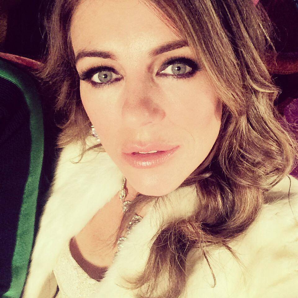 Long Live the Queen. Gosh, it's hard being so naughty and manipulative all day #TheRoyals @TheRoyalsOnE @LionsgateTV http://t.co/LIwGf7jiHq