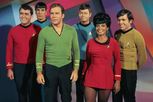 #OnThisDay in 1969, #StarTrek airs its final episode after 3 years. More on @WilliamShatner: http://t.co/YnRU8O7EOn http://t.co/KedPjIhOs3