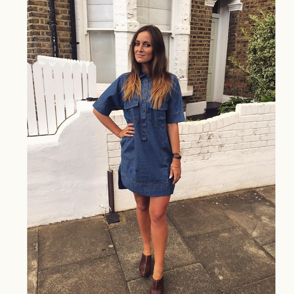 Outfit for tonight's @JeansforGenes event - @BananaRepublic denim dress & @penelopechilver heels #jeansforgenes http://t.co/6OobHnYN2C