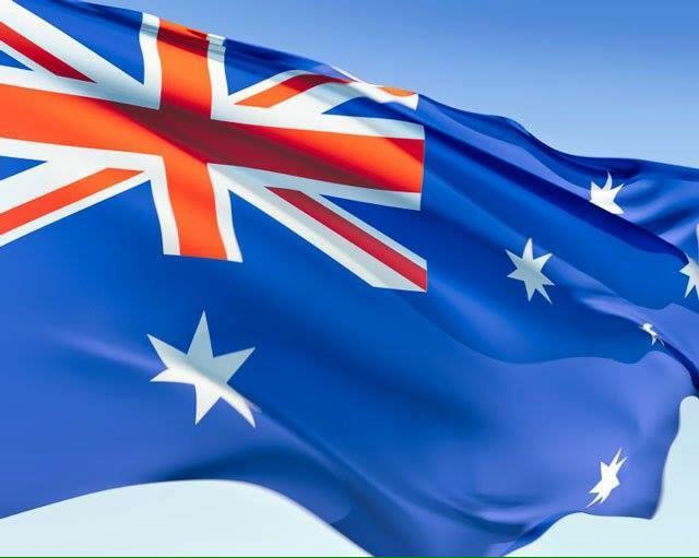 Today is the 114th birthday of our national flag. Fly it high. Fly it proud. #auspol http://t.co/VjTsjp8BpH