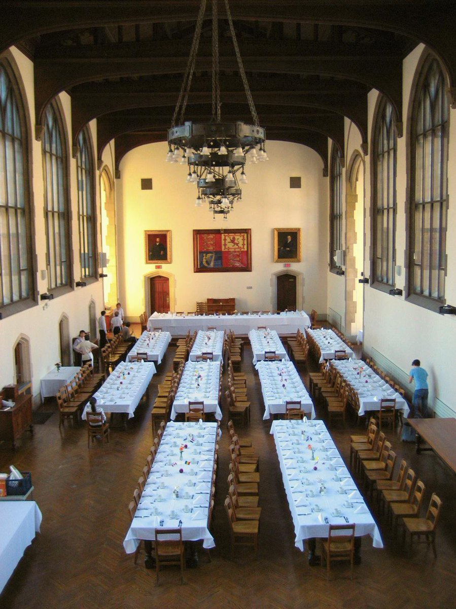 Love looking at photos from my alma mater (LATIN!) Uni of Toronto. Ate at Burwash Hall everyday #survivephd15 http://t.co/twv6LnrzgP