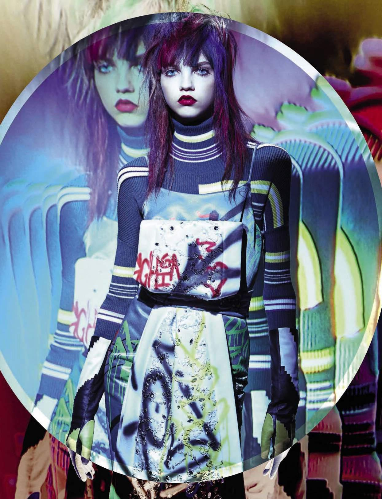 RT @fashioncowmag: @TheValGarland skin hypnotizes blue eyes shine 'Kaleidoscopic' #MollyBair @vogue_italia http://t.co/jW8GZ4Nu5H http://t.…