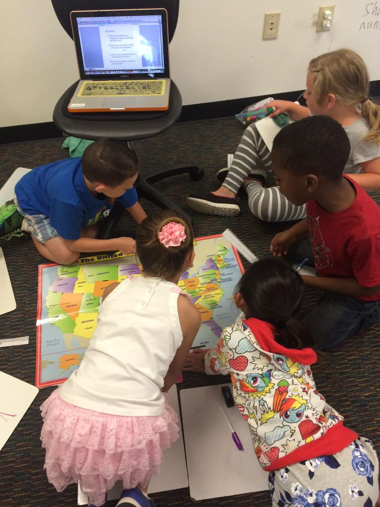 Locating states and measuring sums & differences of states with cm! #mathgeography #camlearns http://t.co/iGFROyqONx