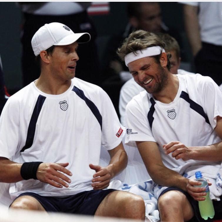 Amazing career @MardyFish! Thanks for the great memories on and off the court!!! #ballsofsteel #biglove #newchapter http://t.co/WApAY9oN3Z