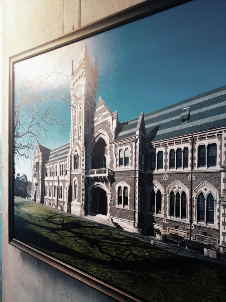 On new campuses you have to make do with paintings of old buildings #survivephd15 #phdhistory http://t.co/wRp1fbPFt4