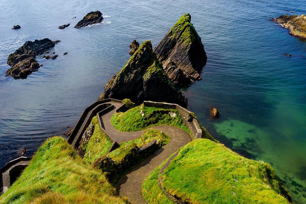 Exploring the Dingle Peninsula (Slea Head) in Ireland yesterday. Beautiful! #WildAtlanticWay http://t.co/VgBozYA8lJ