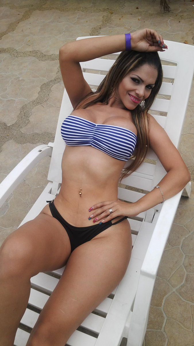 Hot latinas videos