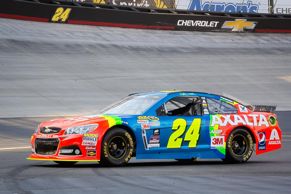.@JeffGordonWeb wheels the #Rainbow24 one last time at THE Night Race.  Retweet if you're pumped to see it tonight! http://t.co/MGI9EgGRyu