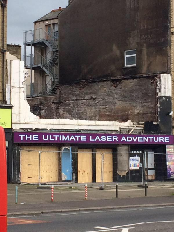 That must have been some laser. http://t.co/OOjfHJ7vqW http://t.co/1YhcgHkuer