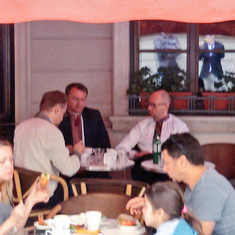 Яценюк сходив у Львові на філіжанку кави із мером