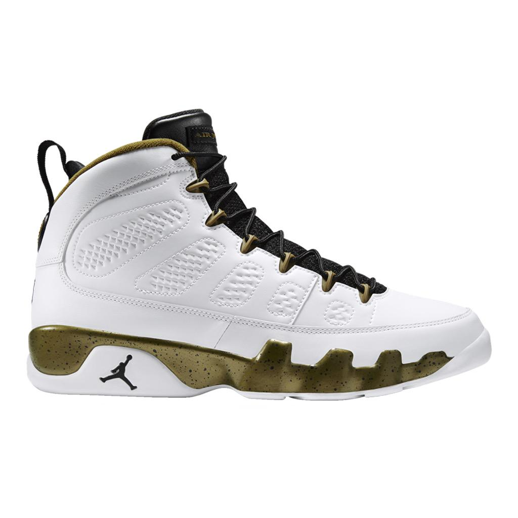 ... grade school basketball shoes sport chek kd 8 elite 1fd68 a27ef  new  style sport chek on twitter the nike jordan retro is back and now in select 3d548caf6