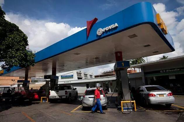 Táchira - problema migratorio en Venezuela - Página 18 CNGW7QhWoAE-mbb