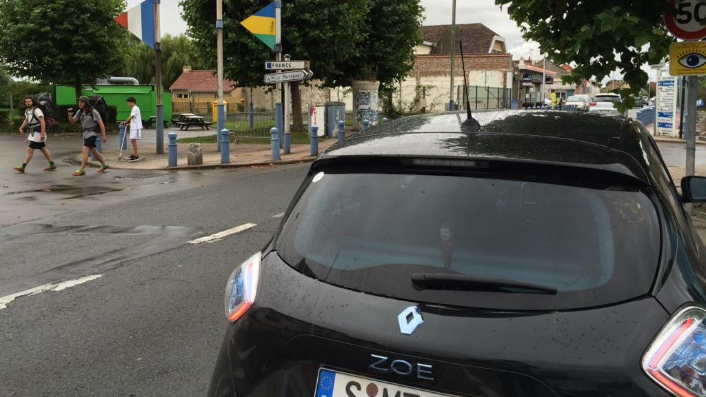 My @RenaultZE #Zoe is home again. Back in #France. That makes 4 countries Zoe visited yet. #ZOEGERUK http://t.co/QekUDzFQjC