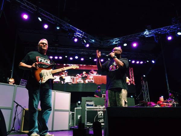 VIDEO - Chancellor Woodson joins @darealpetey & co. on stage at #Packapalooza: http://t.co/HkR1b8cP1S http://t.co/rpbMPeXQq8
