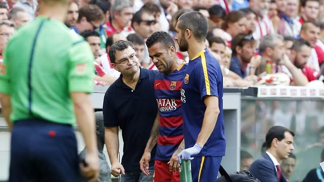 Dani Alves And Busquets Injured