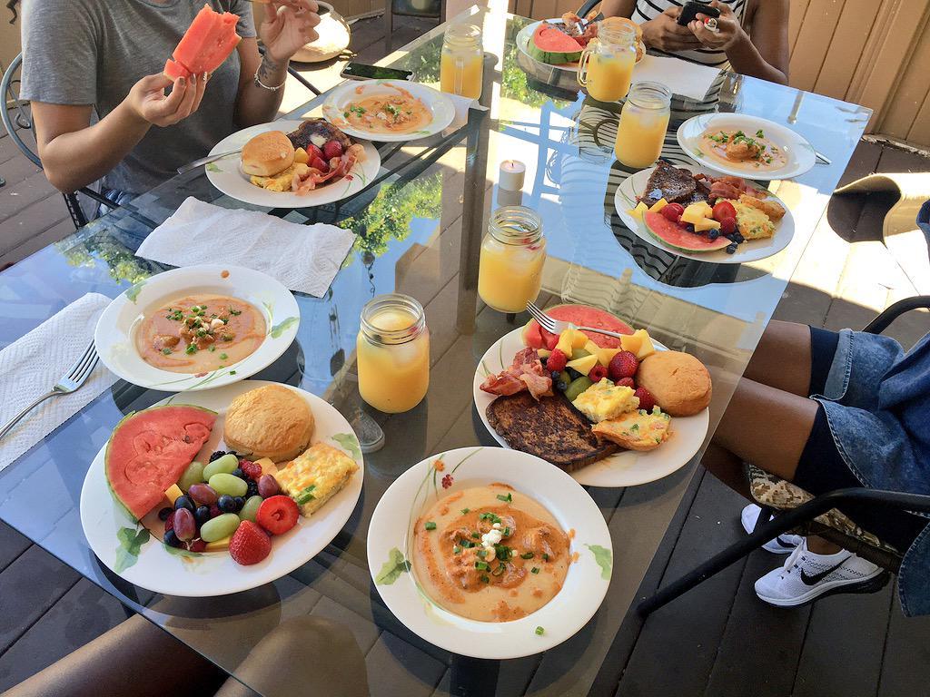 Cooked & broke bread w/ my girls. Shrimp & Grits, French Toast, Biscuits, Bacon, Fresh Fruit, & OJ. #SundayFunday http://t.co/JGw3sj3BUL