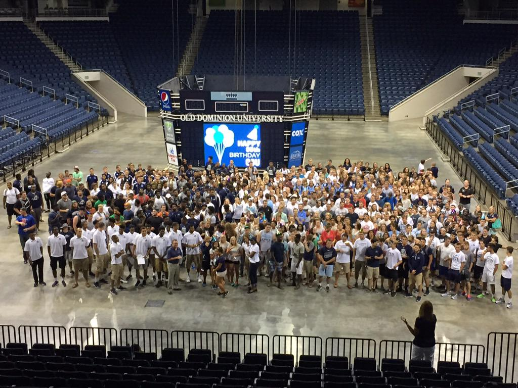 #ODUSports student-athletes back on campus and ready to celebrate 85 years of ODU! #ODU85 #HappyBirthday @ODUnow http://t.co/xaEqBpvQ6i