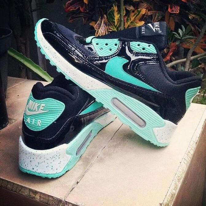 #nike sneaker air max hashtag on Twitter