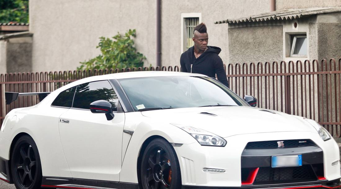 Milan, Balotelli sarà l'alternativa a Luiz Adriano