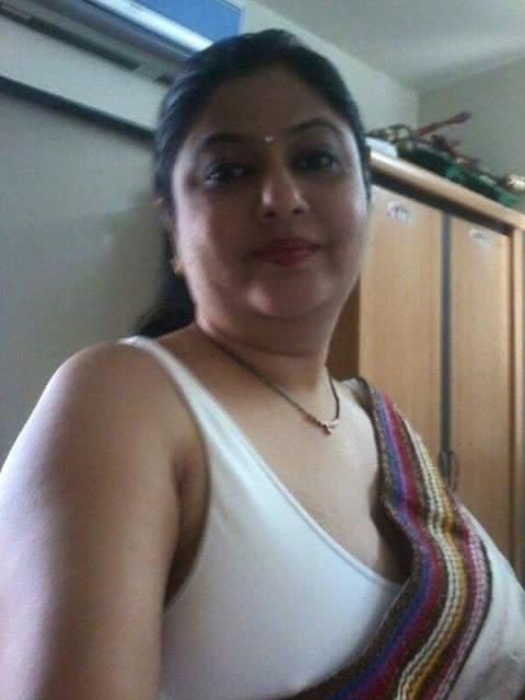 Aunty bra pics