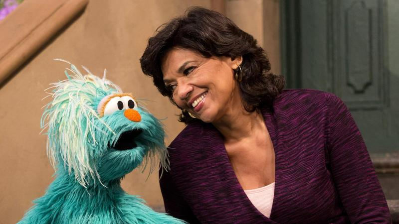 "WATCH: Maria From ""Sesame Street"" Chats with Daniel José Older @SoniaMManzano http://t.co/swIY8cXeiT http://t.co/dwCvnqpY85"