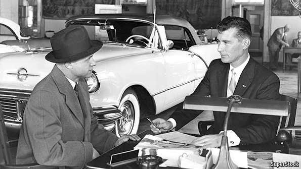"""articolo dell'Economist, """"Death of a car salesman"""" (Morte di un venditore di automobili"""", titolo che fa il verso alla nota commedia di Arthur Miller """"Death of a salesman"""")"""