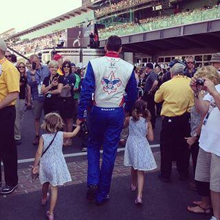 #RIP Justin Wilson. Sorry your gone, another driver taken too early, one of the nice.... http://t.co/baPnpOnQJJ http://t.co/ab3Wg7TVP0