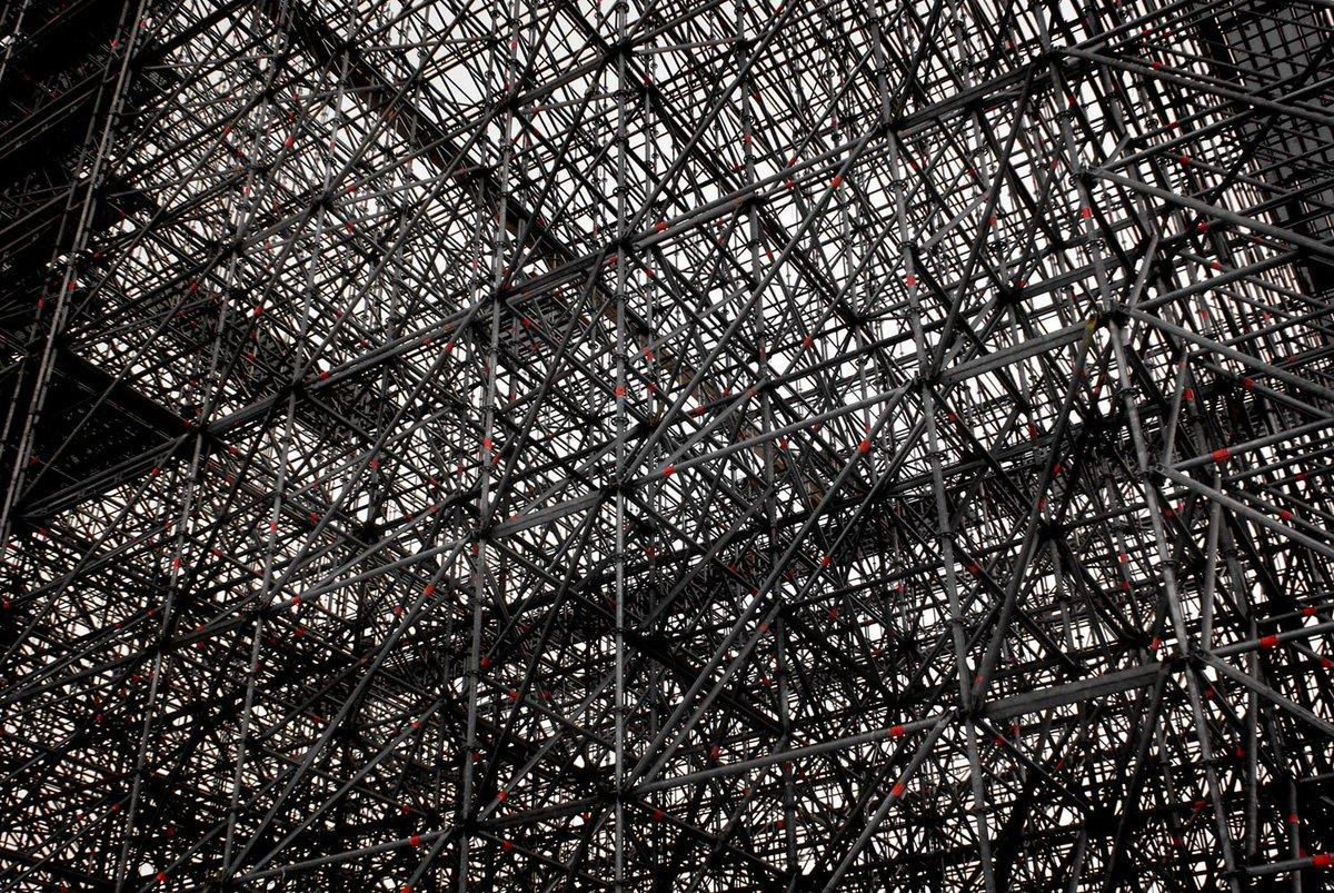 Steel. #Berlin. Jürgen Bürgin. http://t.co/4CFeKxaVvA